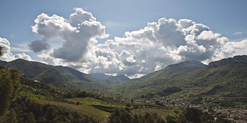 Nuages sur la vallée du Menon